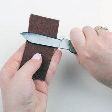 Tri metode za uklanjanje rđe sa preklopnog noža